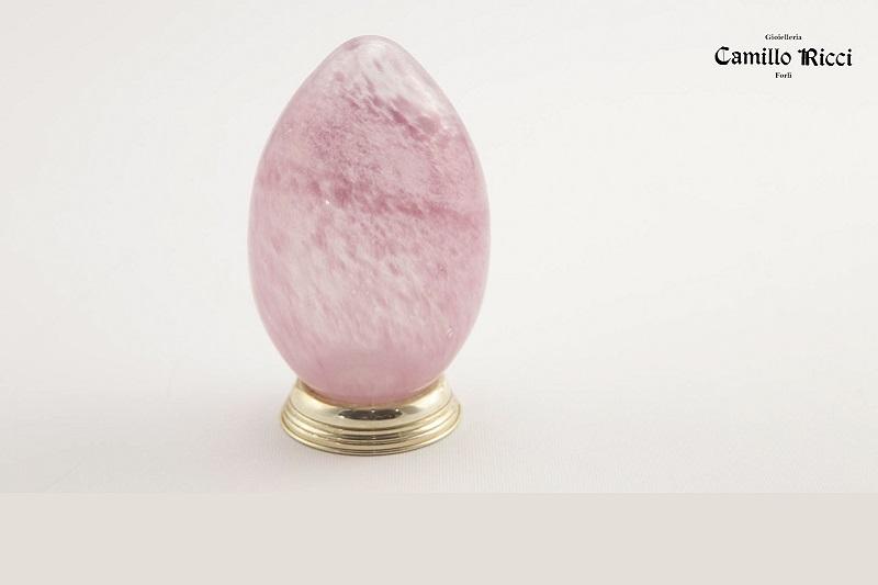 Uovo in argento e vetro